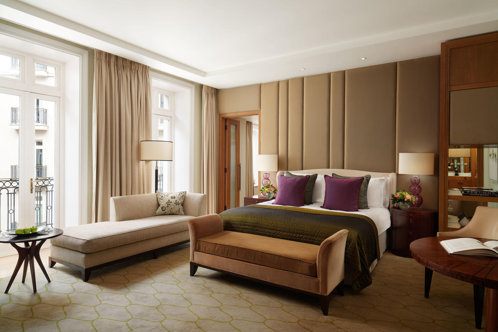 Corinthia London Hotel Junior Suite