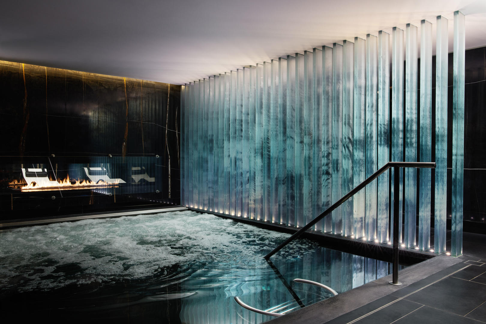 Corinthia Hotel London Spa pool