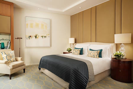 Corinthia London Hotel Superior Zimmer