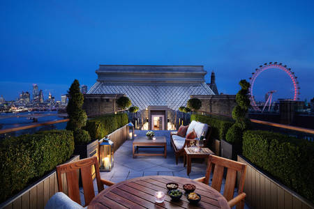 Corinthia Hotel London Blick