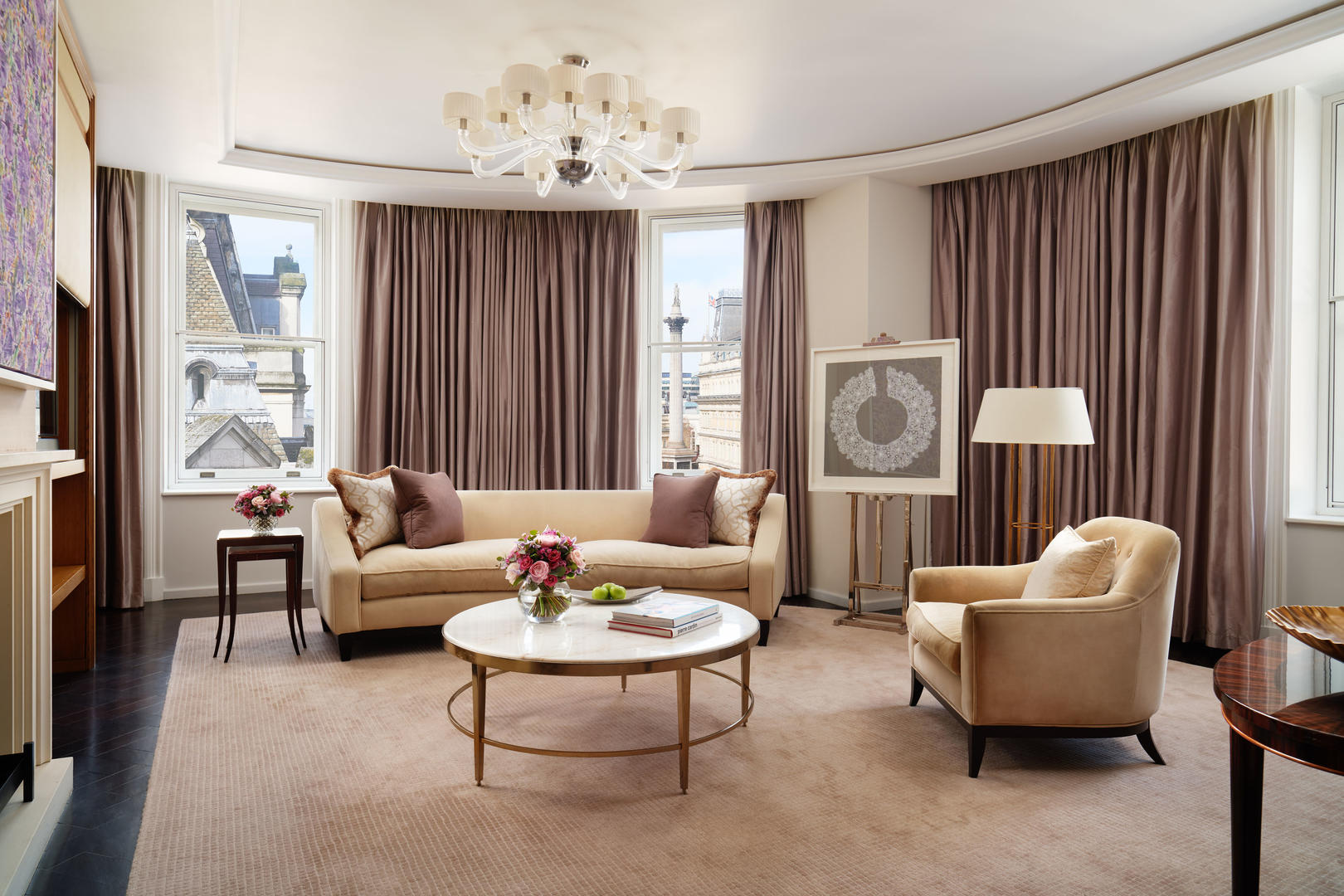 Corinthia-London-Hotel-Trafalgar-Suite-living-room