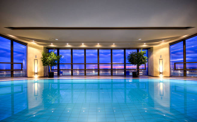 Montreal Luxury Hotels With Pool