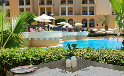 Corinthia _ Hotel _ St _ Georges _ Bay _ Oasis _ Pool _ Bar