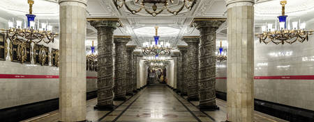 St. Petersburg metro tour