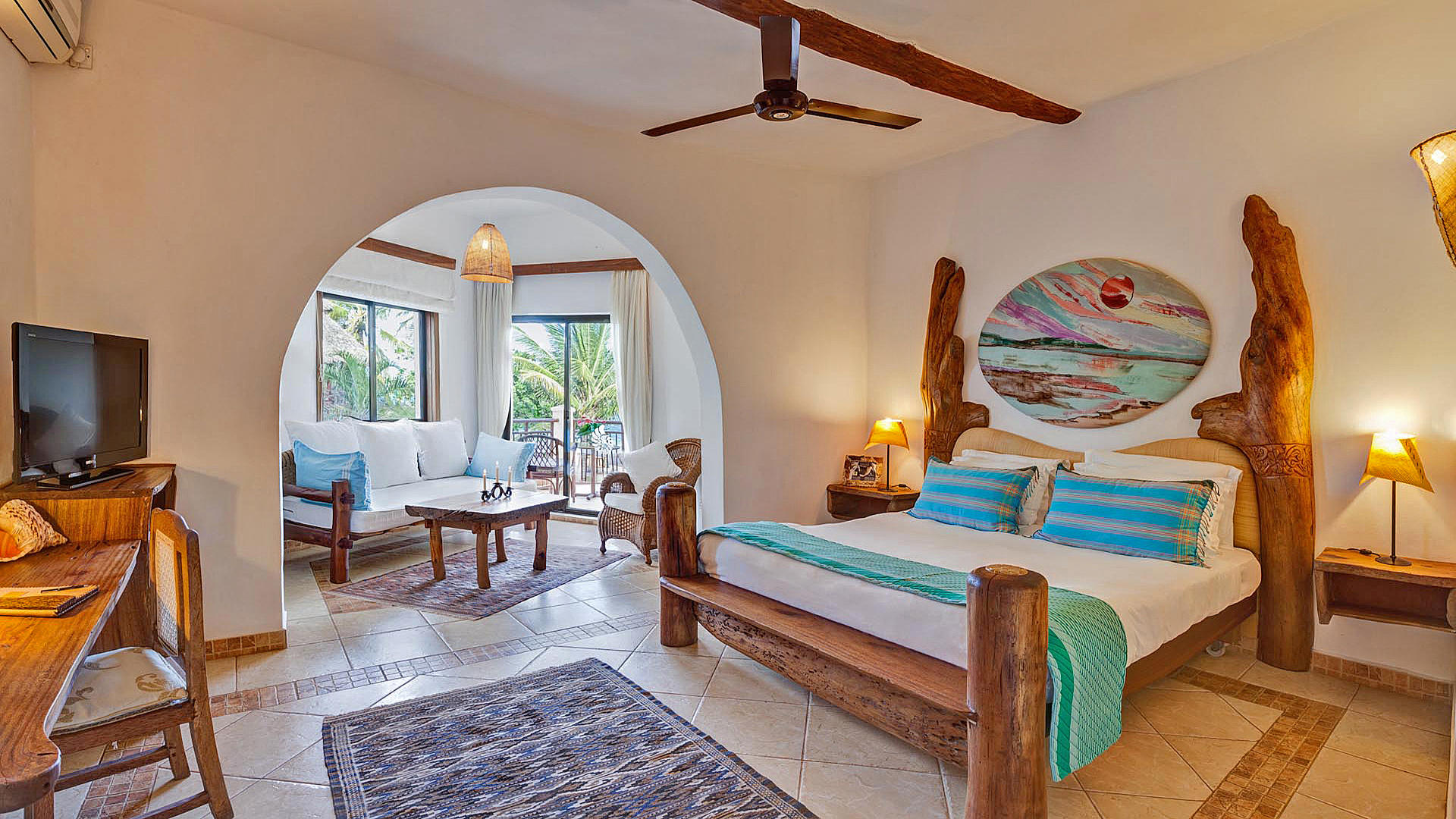 AfroChic_Diani_Beach---Ocean-View-Room-2