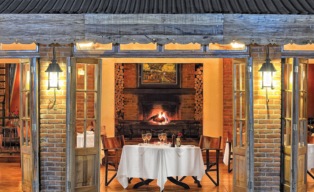 Elewana_Arusha_Coffee_Lodge_The Grill_Room