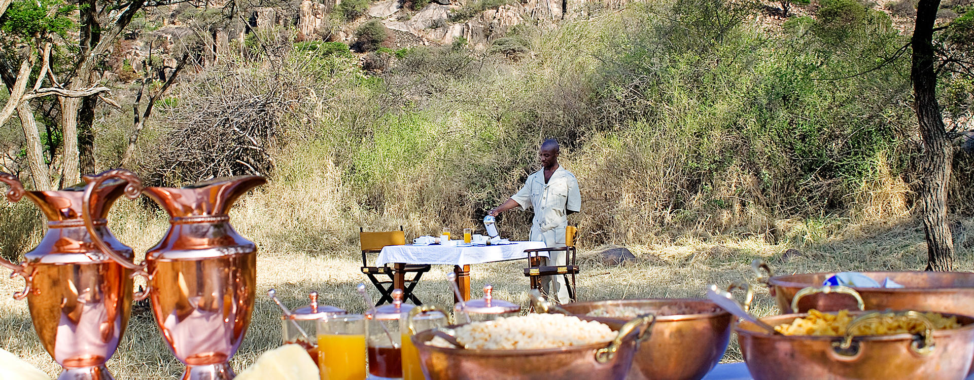 EL-Elephant-Pepper-Camp_Bush-Breakfast