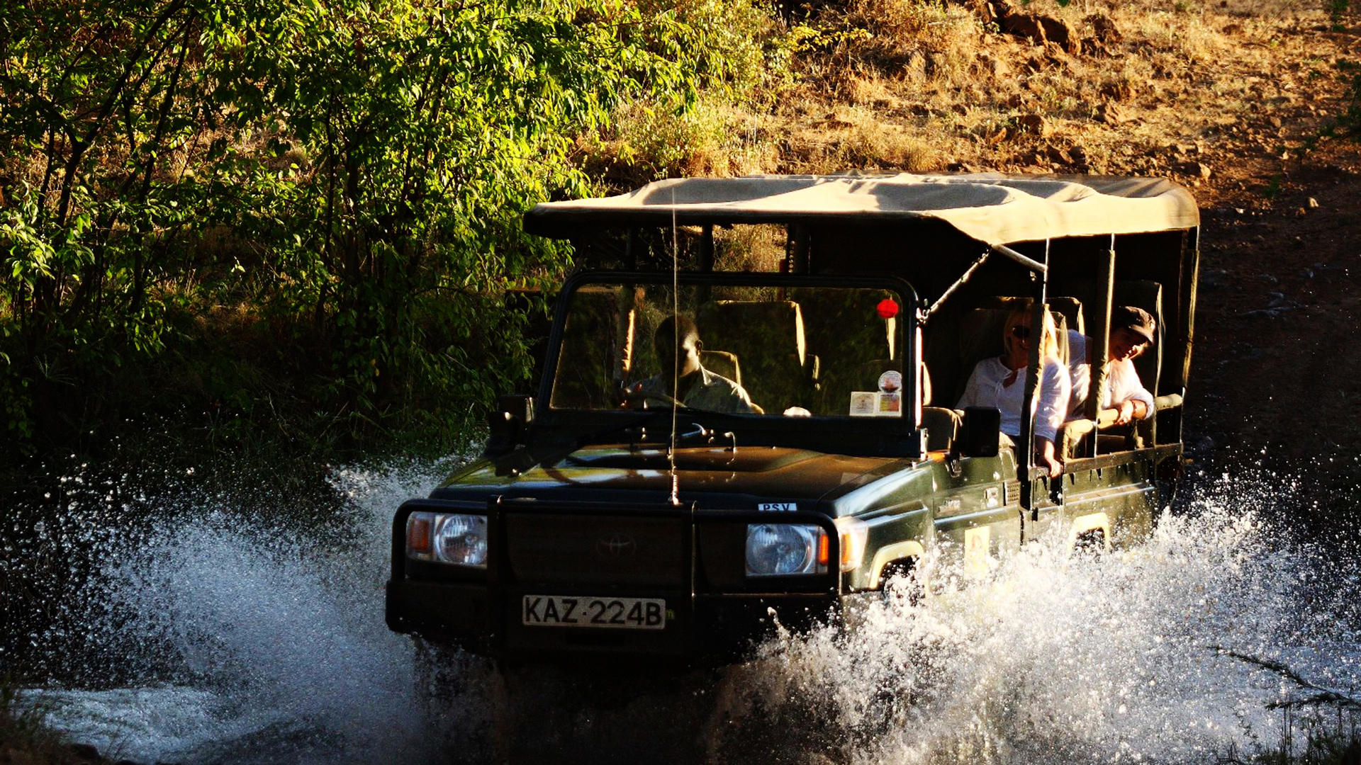 Elsa es-Kopje-Meru-Game-Drive-Through-River