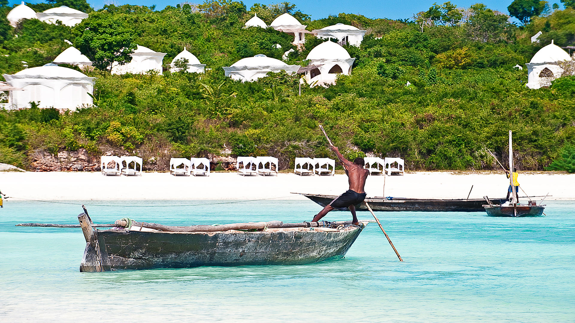 Kilindi-Zanzibar---Beach---Bed-and-Dhow-3