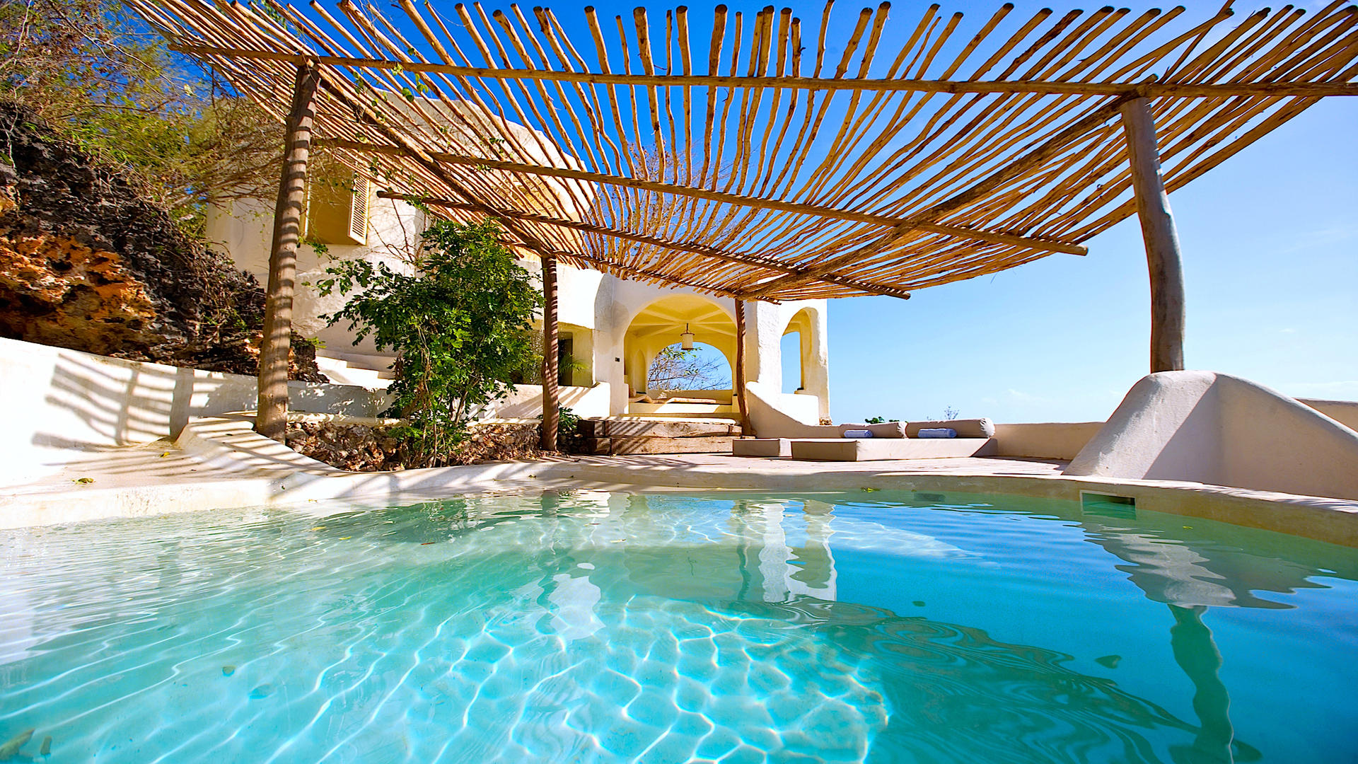 Kilindi-Zanzibar---Room---Private-Day-Pavilion-with-Plunge-Pool---4