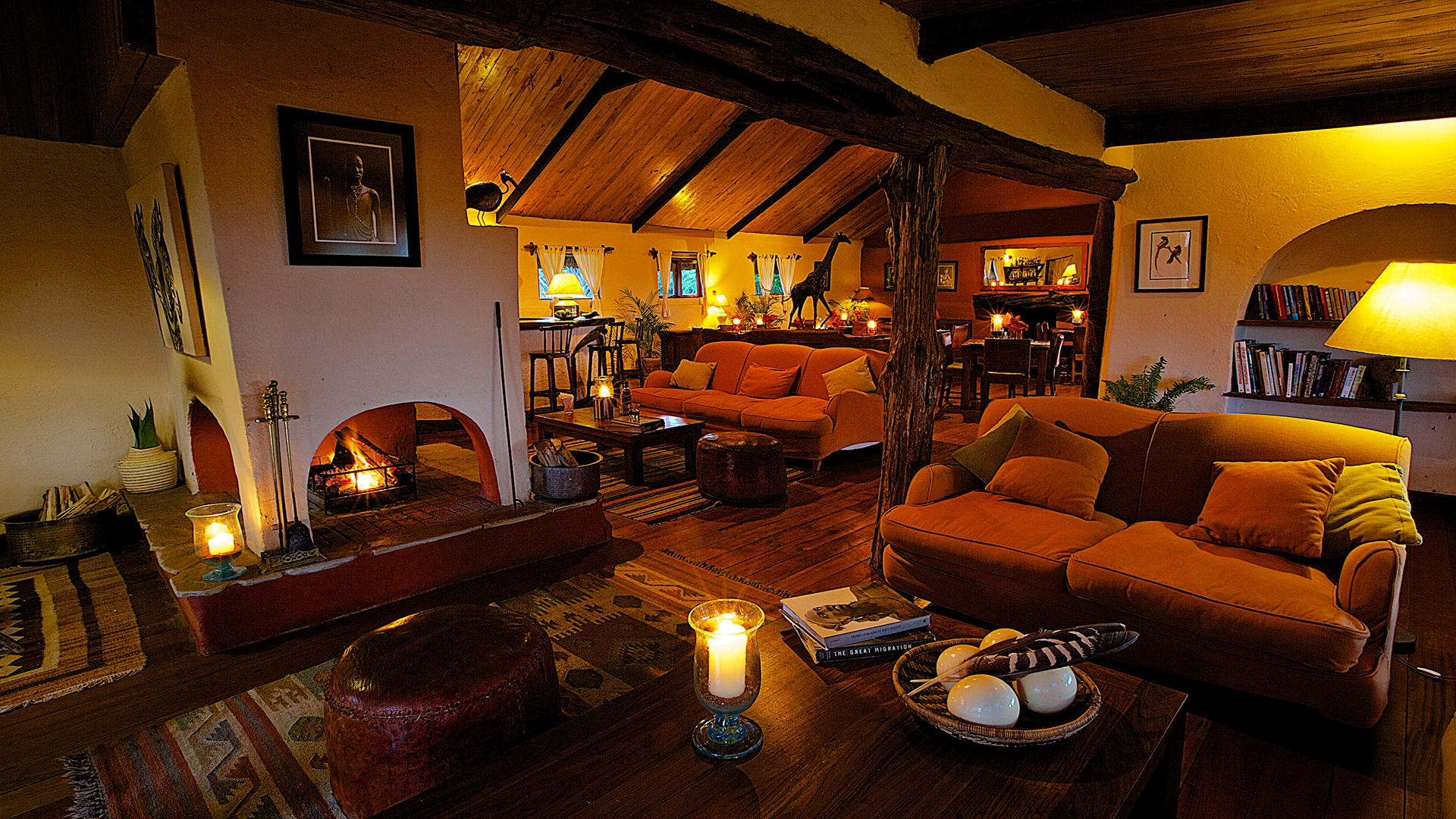 Lewa-Safari-Camp---Guest-Lounge-&-Dining-Room