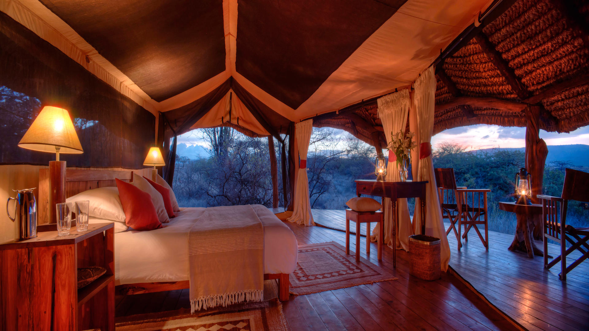 Lewa-Safari-Camp---Zeltinterieur-3