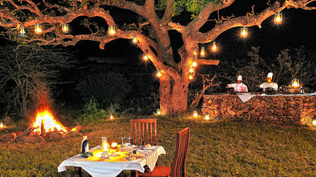 Serengeti-Migration-Camp---Dining---Barbeque-Dinner