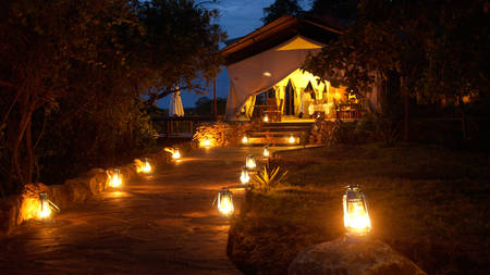 Serengeti-Migration-Camp---Entrance-to-Main-Restaurant