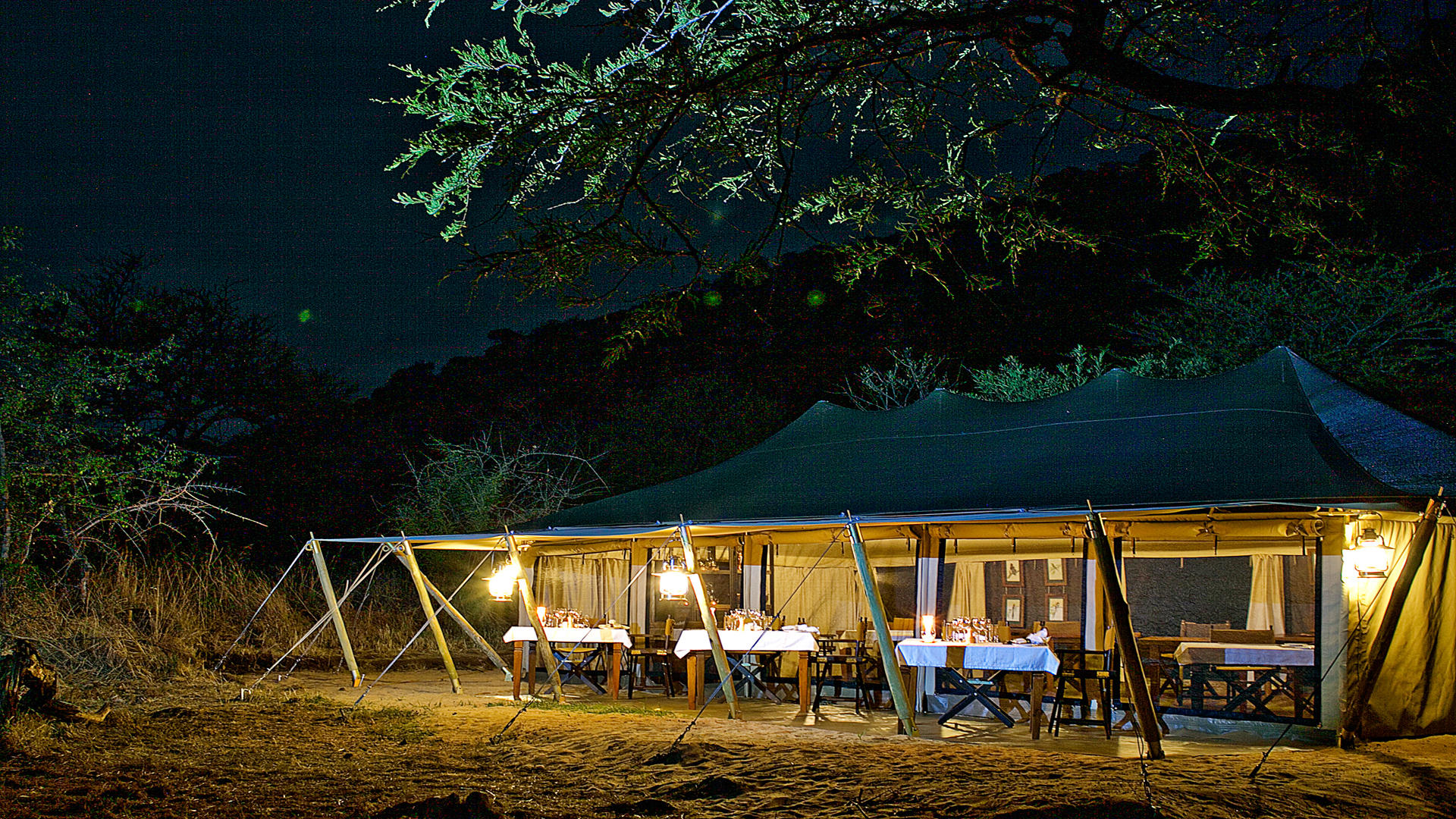 Serengeti-Pioneer-Camp---Dining-Tent-Evening
