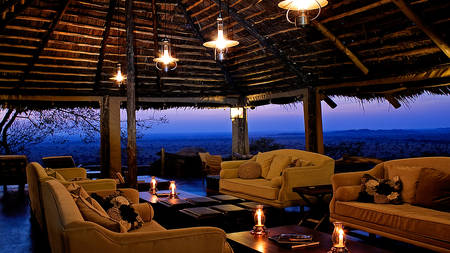 Serengeti-Pioneer-Camp---Lounge-Interior