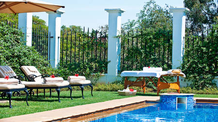 The-Manor-at-Ngorongoro---Swimming-Pool