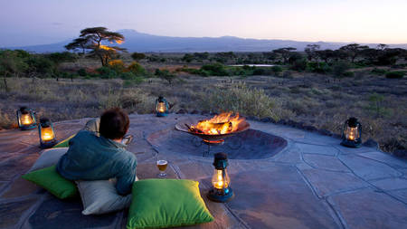 Tortilis-Camp-Amboseli---Sundowners