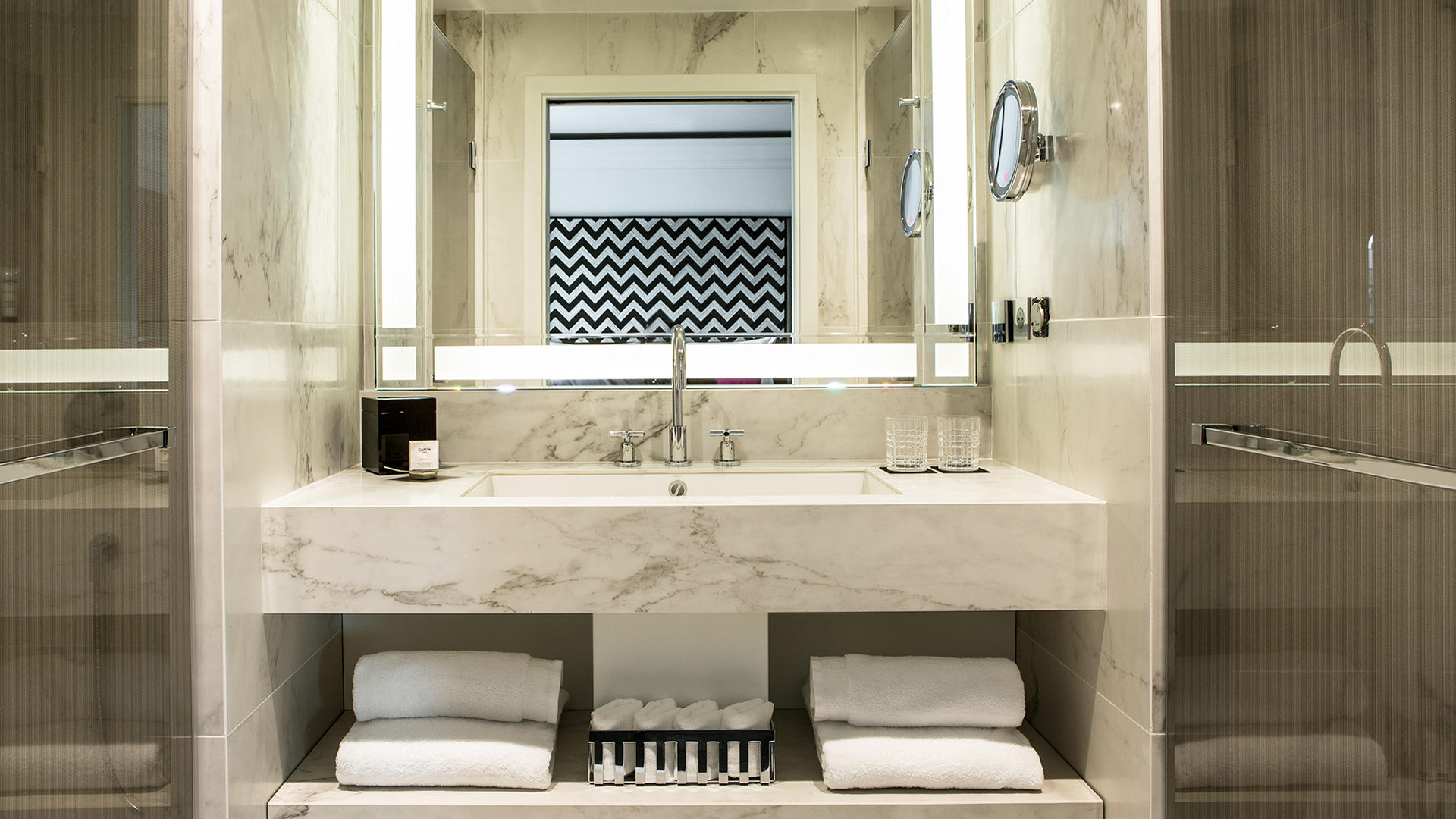 Fauchon_Hotel_Paris_Bathroom_1