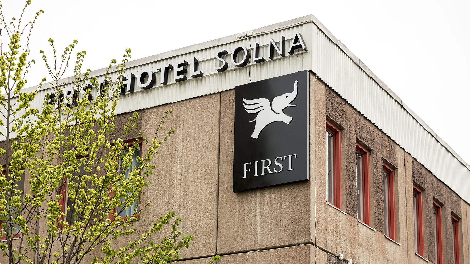 FirstSolna_Exterior03