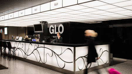 GLOAirport_Reception