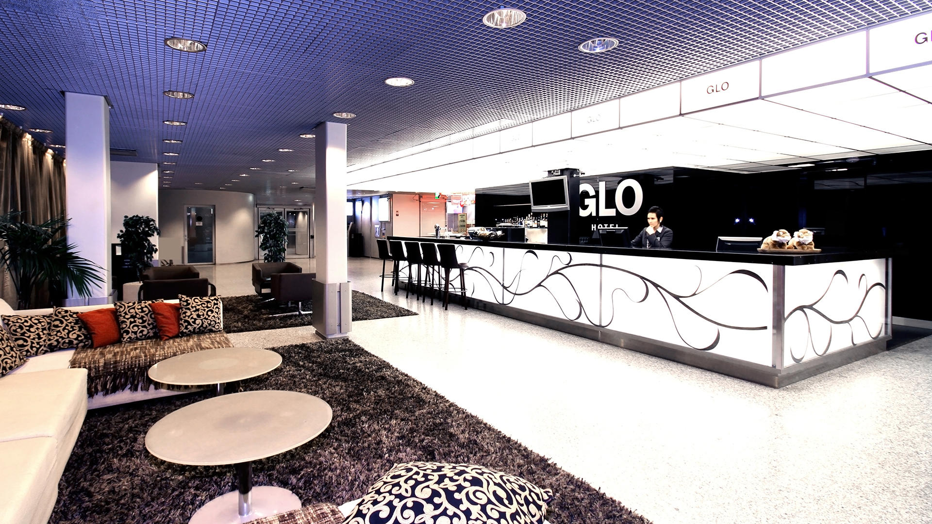 GLOAirport_Reception02