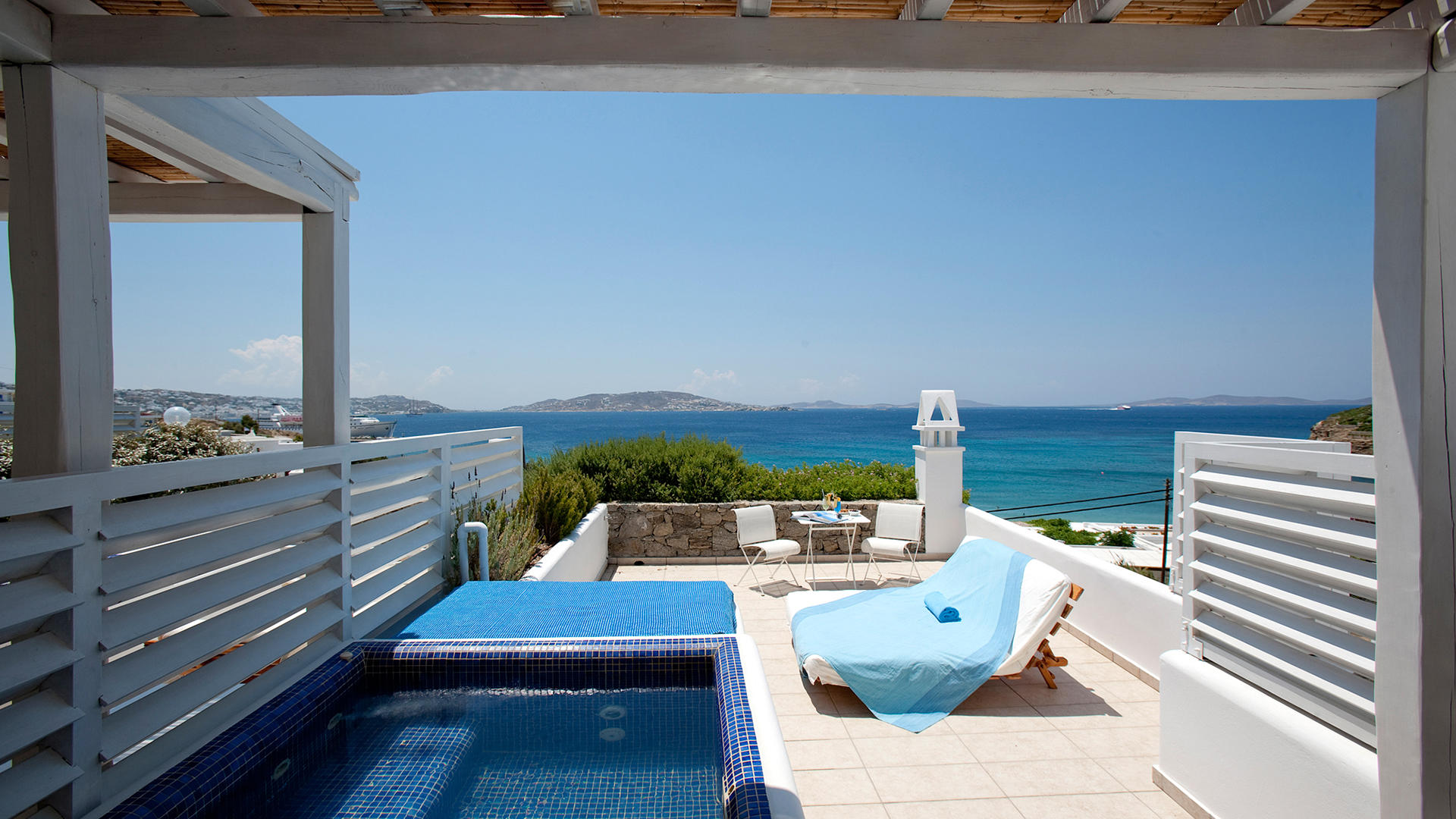 GraceMykonos_Pool03