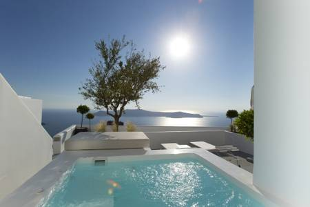 GSAN_Deluxe Room with Plunge Pool