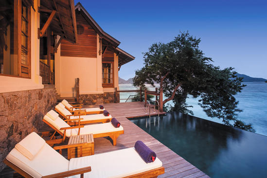 JA verzaubert Island Resort_Owner der Signature-Pool-Deck 4