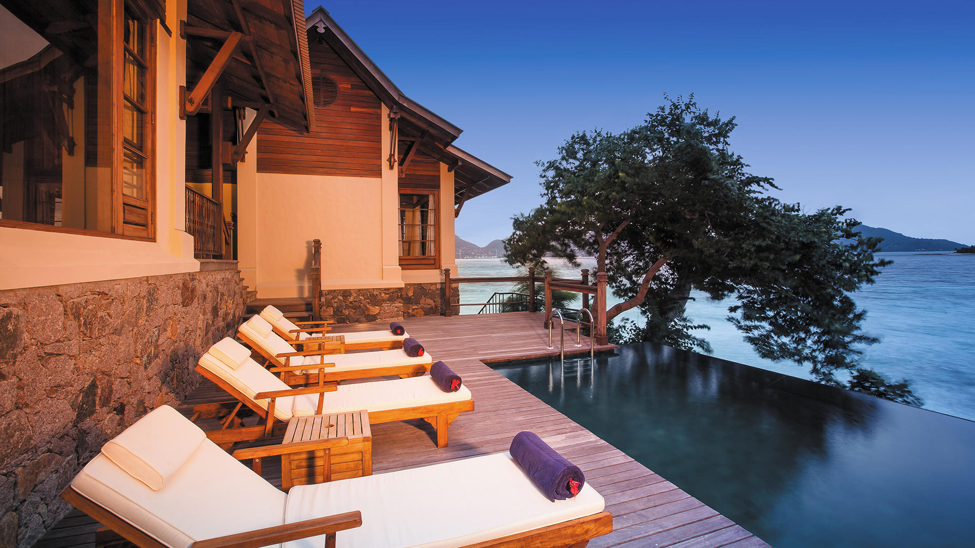 JA verzaubert der Insel Resort_Owner Signature Pool-Deck 4_Gallery
