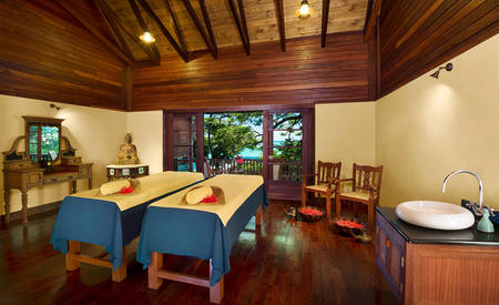 JA_Enchanted_Island_Resort_Couples_Massage_room
