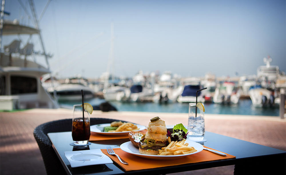JA_Jebel_Ali_Beach_Hotel_Sports Café