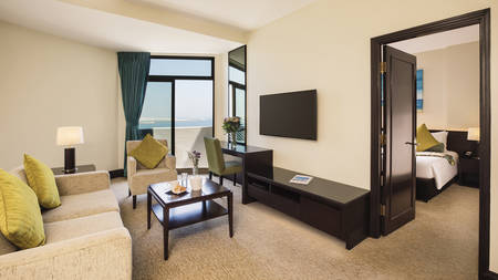 JA Jebel Ali Beach Hotel_Executive Suite Wohnzimmer