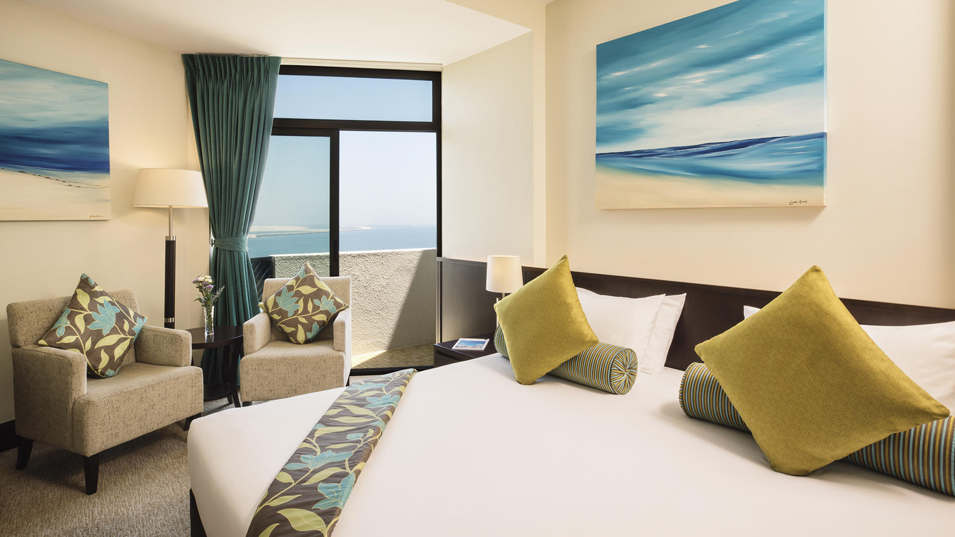 JA Jebel Ali Beach Hotel _ Executive Suite