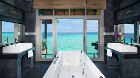 JA Manafaru_Grand Water 2BR Suites with Private Infinity Pool Bath 2