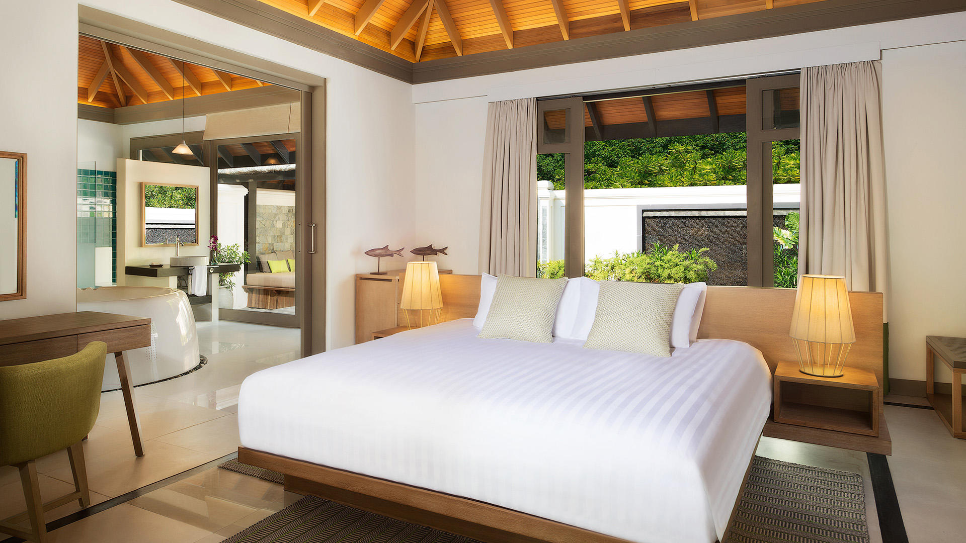 JA Manafaru_One Bedroom Beach Suite with Private Pool Bedroom