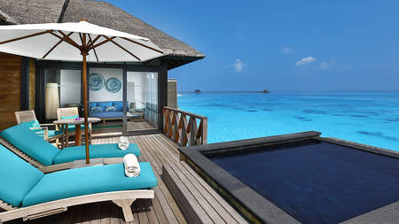 JA Manafaru_Sunrise Water Villa with Infinity pool