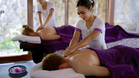 JA Manafaru_The Royal Residence's couples massage