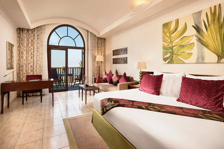 JA-Palm-Tree-Court_Beachfront-Junior-Suite