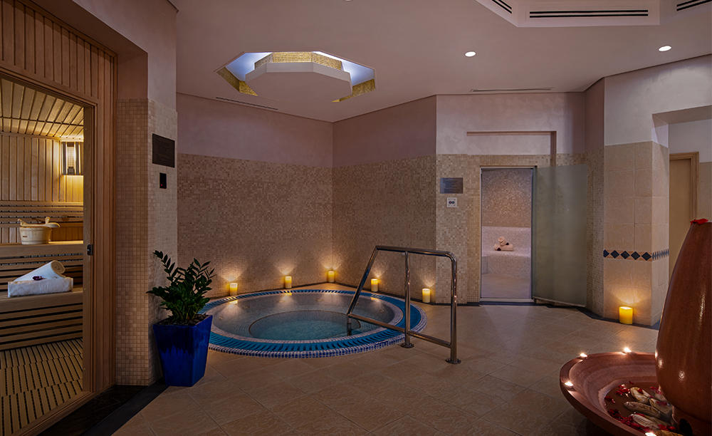 Spa Sauna and Jacuzzi