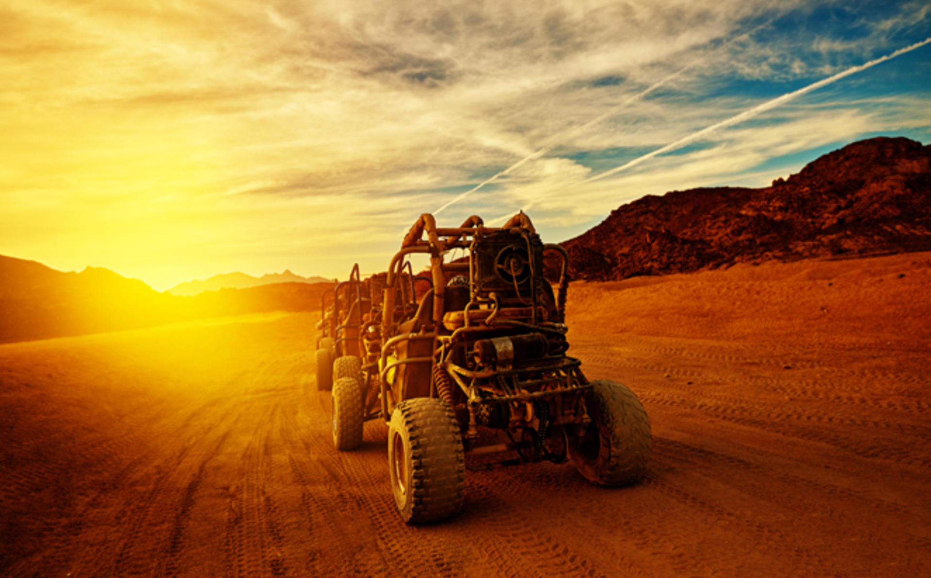 BurjRafalHotelKempinski_Quad_Bike_Desert_Adventure_at_the_Red_Sand