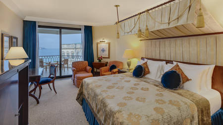 Superior Bosporus View Room