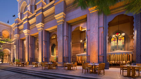 EmiratesPalace_Restaurant02