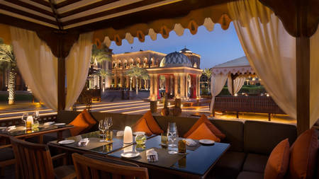EmiratesPalace_Restaurant03