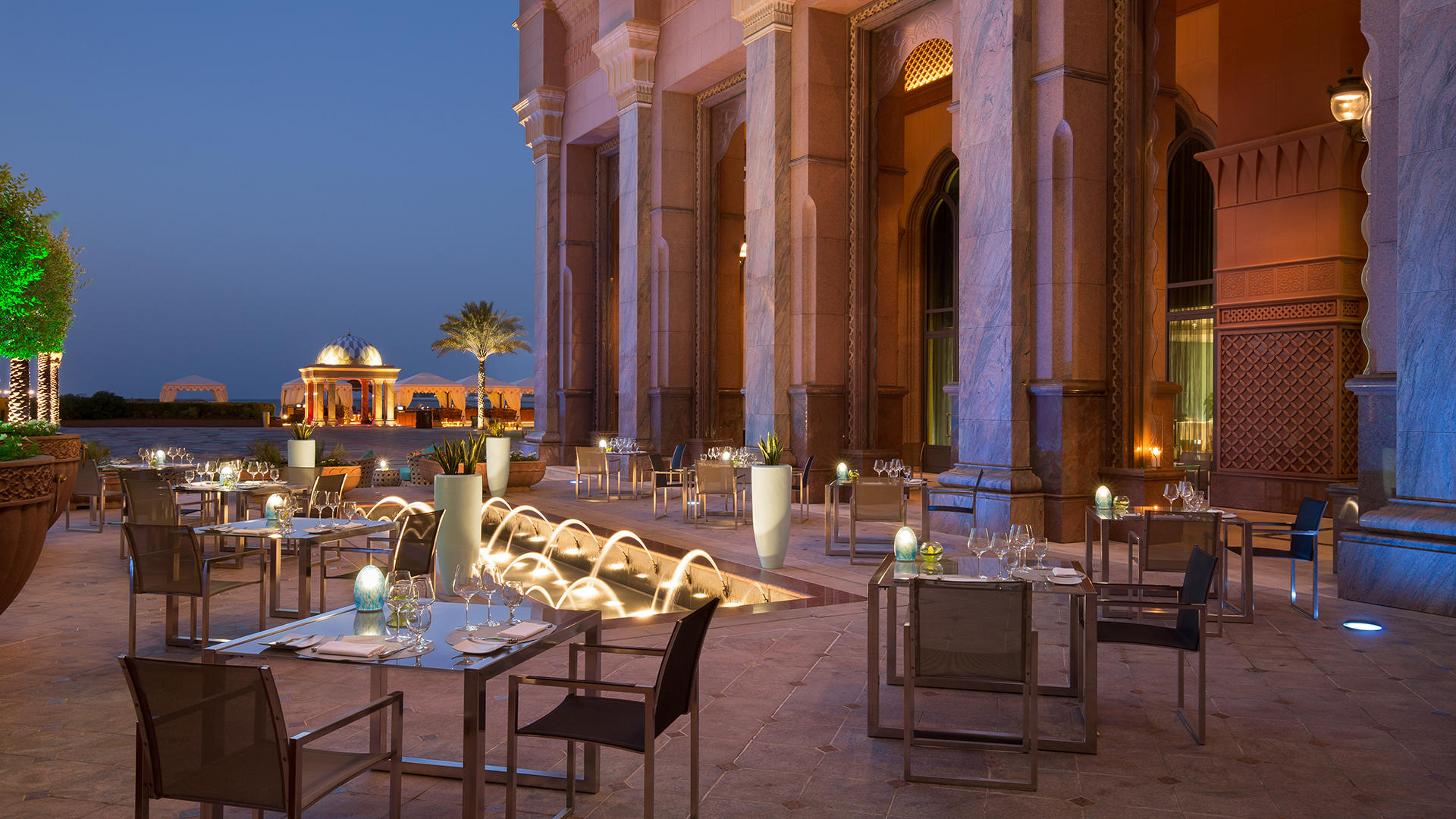 EmiratesPalace_Restaurant04