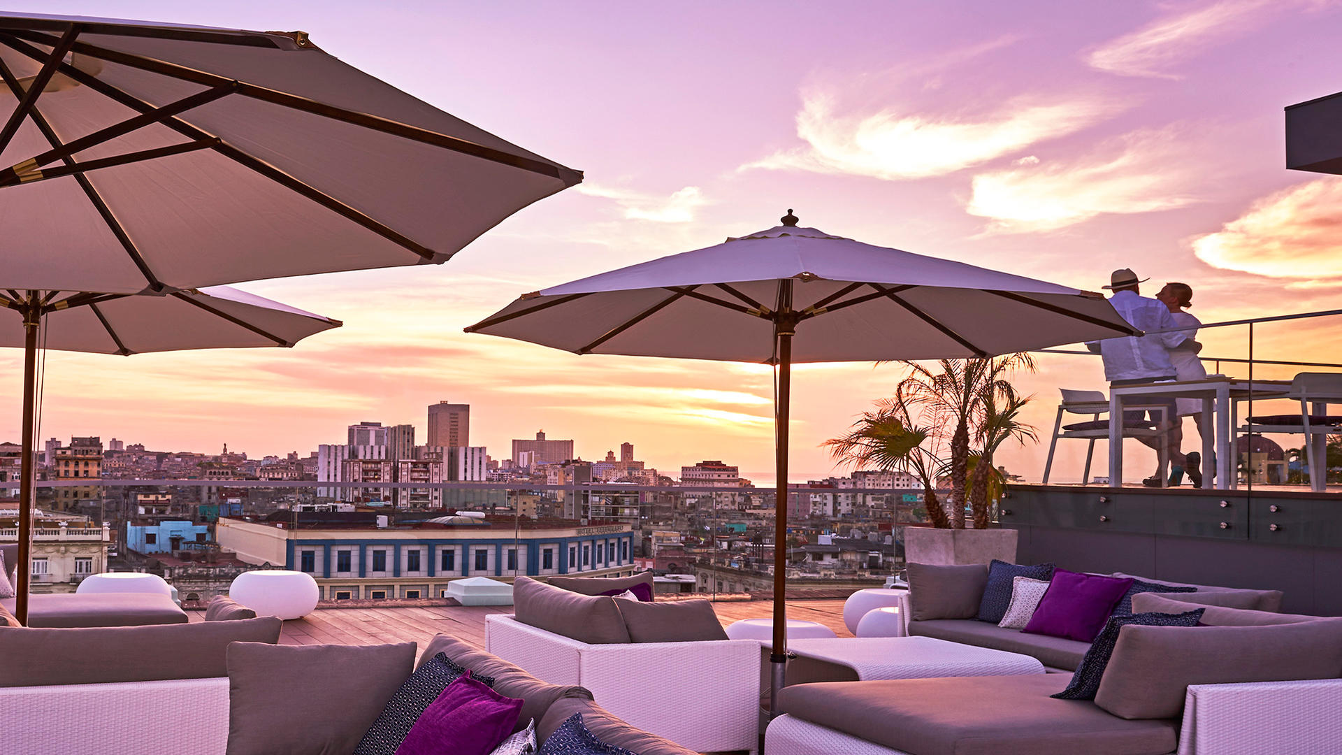 Kempinski La Habana_Pool_Terrace_sunset