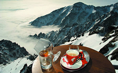 Grand-Hotel-Kempinski-High-Tatras_Discover-the-highest-situated-café-in-Slovakia