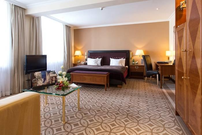 KempinskiGrandHoteldesBains_Classic-Junior-Suite