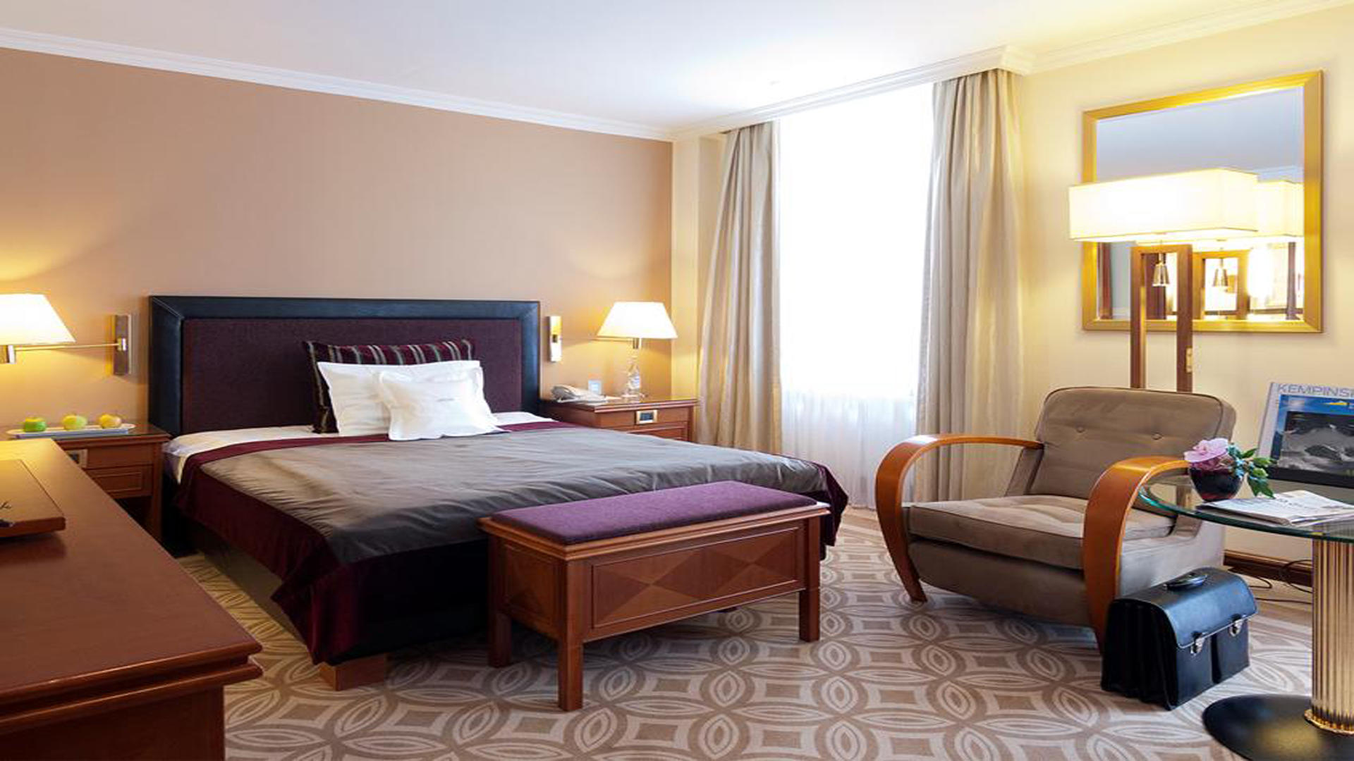 KempinskiGrandHoteldesBains_Classic-Single-Room