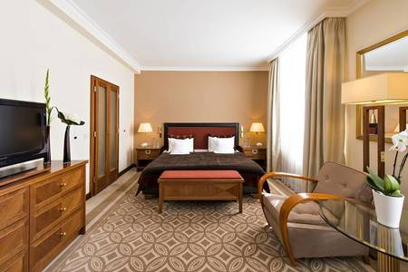 KempinskiGrandHoteldesBains_Superior-Room